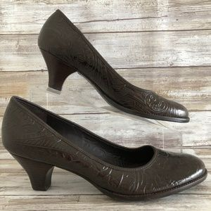 Aerosoles Brown Leather Floral Embossed Dress Pump